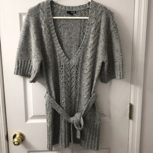 WMNS SWEATER USED